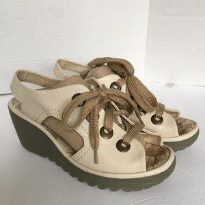 FLY LONDON Sandals 39 US 8 - 8.5 Cream  Slingback